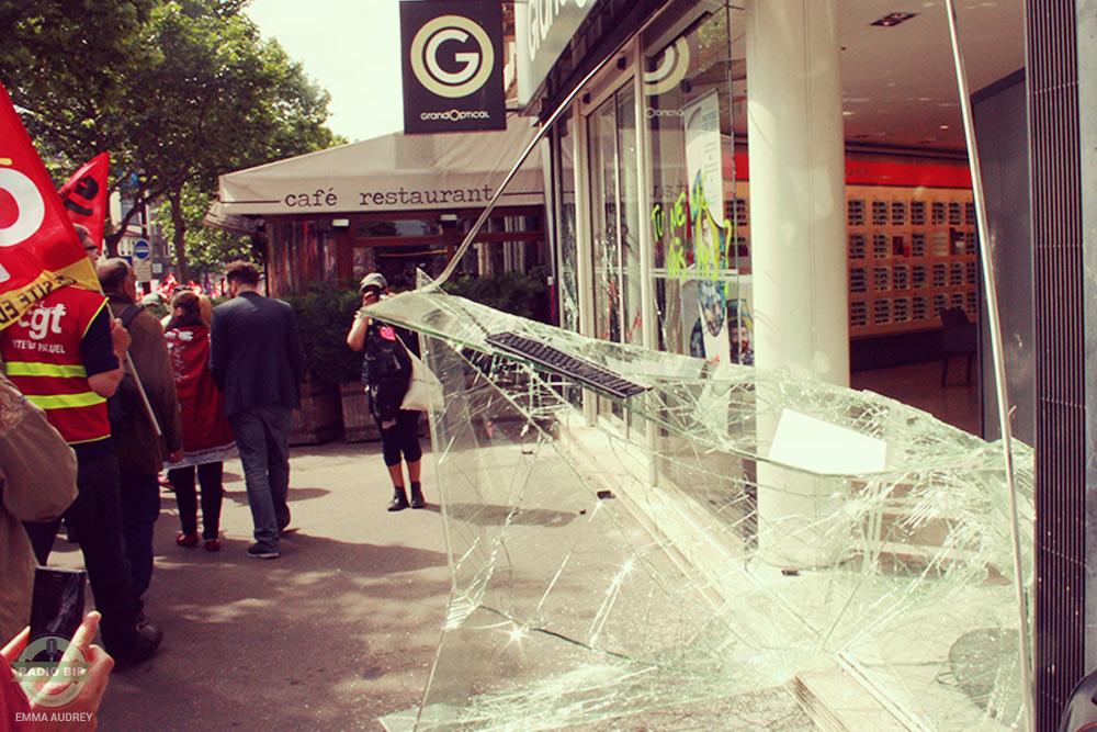 14 juin vitres cassées