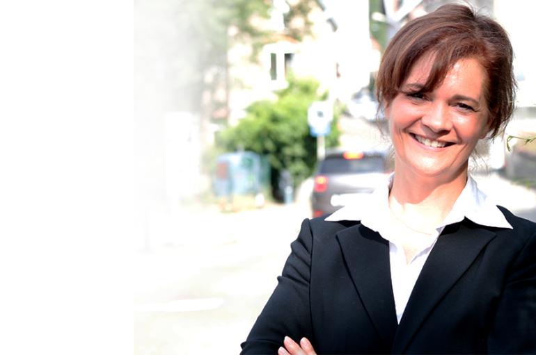 Elections législatives: Christine Latournerie candidate 2e circonscription