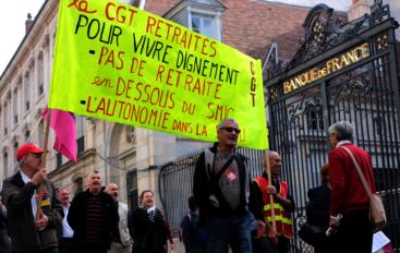 500 retraités dans la rue à Besançon