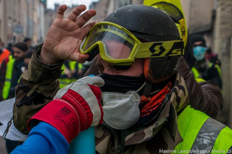 Photo reportage : Les «Street medics» Gilets Jaunes à Dijon