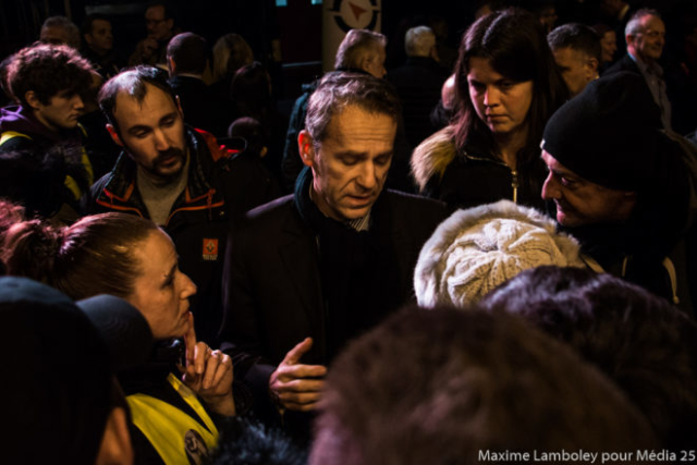 Besançon 10-01-19 - Des Gilets Jaunes aux vœux du Maire