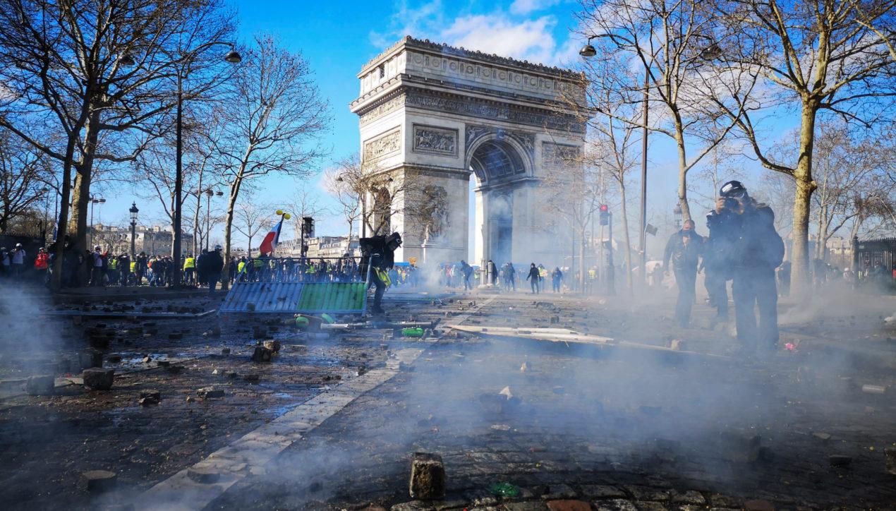 Photo Reportage: L'acte 18 des Gilets Jaunes à Paris