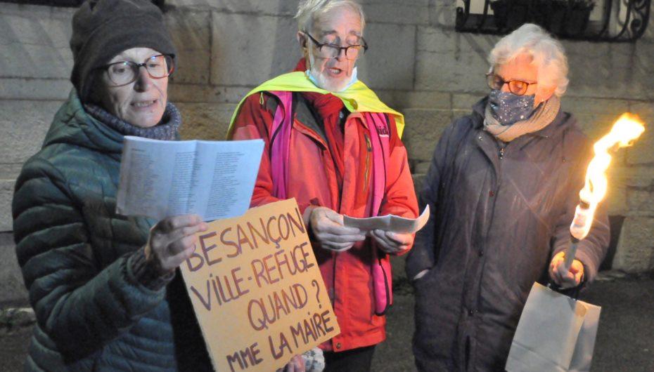 Pour la journée internationale des migrants, une marche aux flambeaux à Besançon