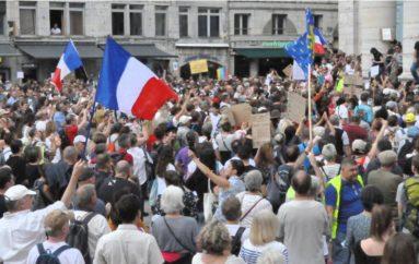 Besançon: contre le pass sanitaire, le mécontentement explose