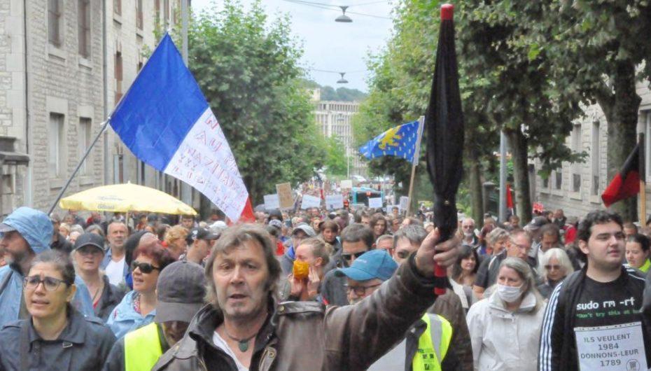 Pass sanitaire: plus de 10 000 opposants en Bourgogne/Franche-Comté